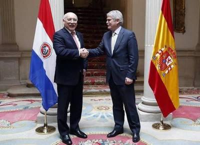 Loizaga será condecorado durante su visita a España