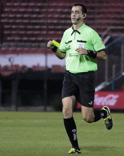 Juan Gabriel Benítez será el árbitro para el partido de Tembetary vs Juventud