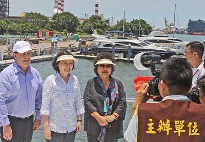 Pekín lanza nueva advertencia a Taiwán tras visita de Cartes