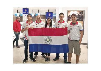 Equipo guaraní tomó vuelo a EEUU para el Mundial de Robótica