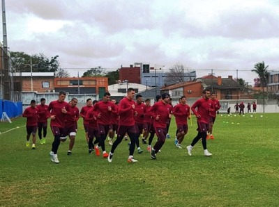 Leonel Álvarez ya perfila un equipo para el debut del Clausura