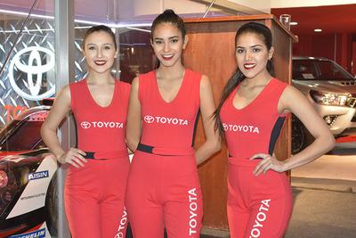 Firma de automotores  inaugura su stand en la Expo Feria 2017
