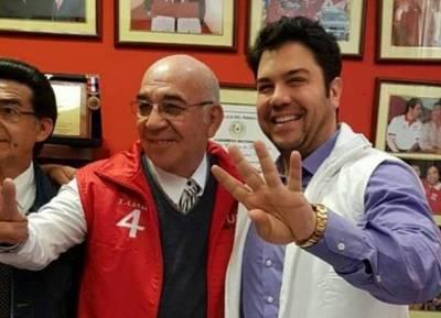 """Chilavert anticipó que votará por """"El Profe"""" Benicio Martínez: """"Nuestro país necesita gente como él"""""""