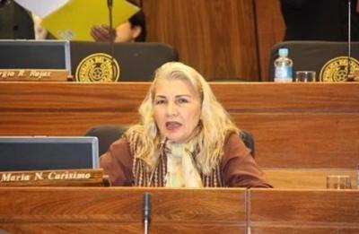 Diputada asegura que se entregó más de 30 millones a campesinos