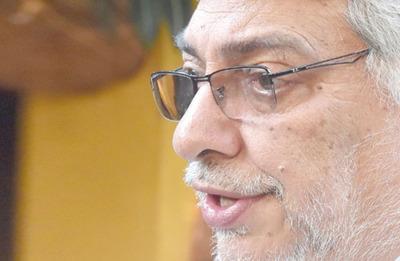 Lugo ve difícil recomponer a la oposición