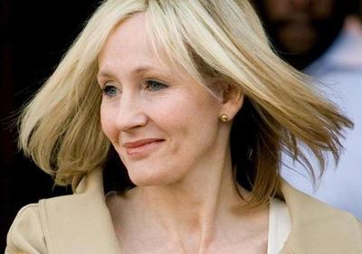 J.K.Rowling se disculpa por críticas a Trump