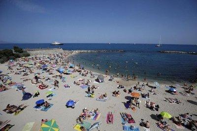 Francia, EE.UU. y España, líderes en turismo