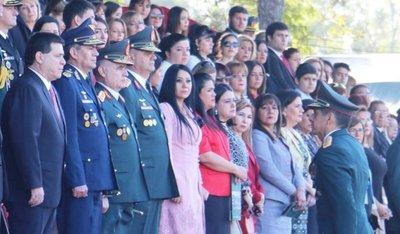Cartes cortó rencillas: Sacó a jefes de FFMM y Ejército