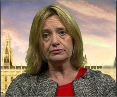 Hacker engaña a la ministra de Inglaterra