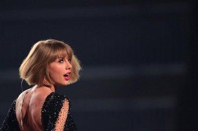 Taylor Swift gana juicio contra locutor que le manoseó el trasero