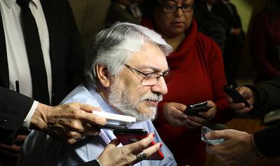 Lugo debe dejar de usar a labriegos y poner a consideración el veto