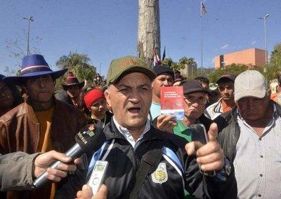 Campesinos piden cumbre de Poderes