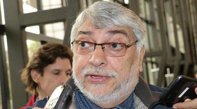 Lugo admite que no hay voto para rechazo