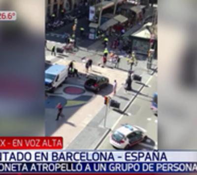 Atentado en Barcelona: Arrollan a multitud y mata a 13 personas