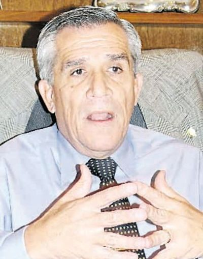 No existe relación EPP-PCC, según Galeano Perrone