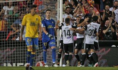 Valencia supera con claridad a Las Palmas