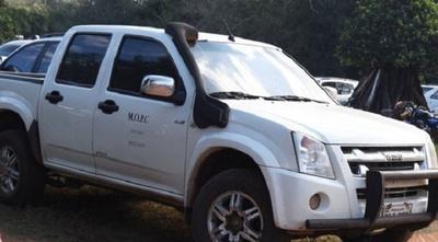 Vehículos oficiales son utilizados para actos políticos