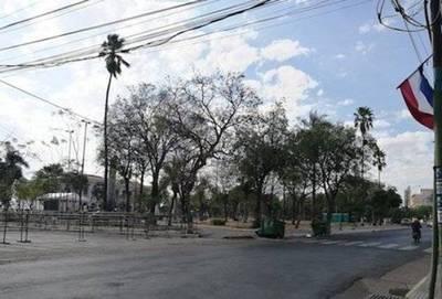 """Enrejado de Plaza de Armas es """"sólo un rumor"""" y no está en los planes"""