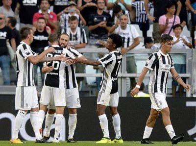 Juventus goleó en su estreno en el Calcio