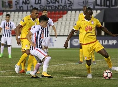 Libertad ganó a Independiente Santa Fe con golazo de Medina