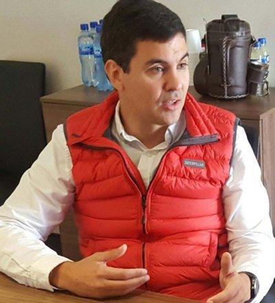 Santiago Peña asegura que ganará las internas coloradas