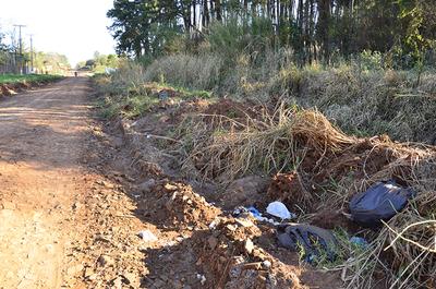 CDE: Vecinos son castigados por calle en mal estado, repleta de basura patológica