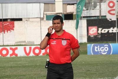 Fernando López esta nominado para Atlántida vs Juventud