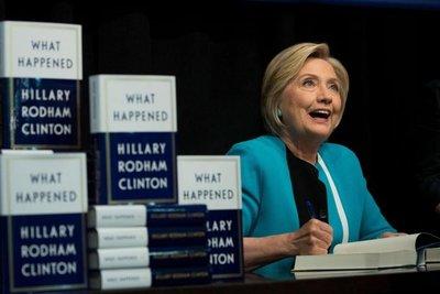 Hillary se desahoga en libro sobre su derrota
