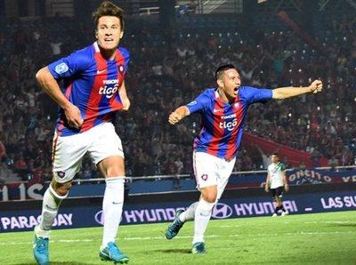 Leonel Álvarez cita a 18 futbolistas