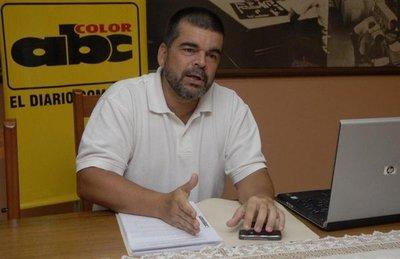 Roberto Velázquez deja de ser fiscal