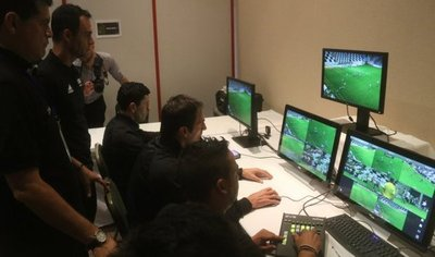 El VAR se implementará en Libertadores y árbitros ya entrenan