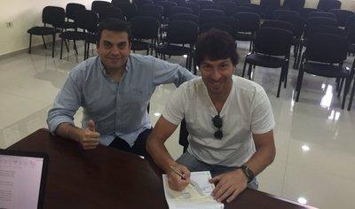 Garnero renueva contrato con Guaraní hasta diciembre 2018
