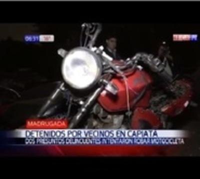 Intentaron robar una moto y los vecinos los atraparon
