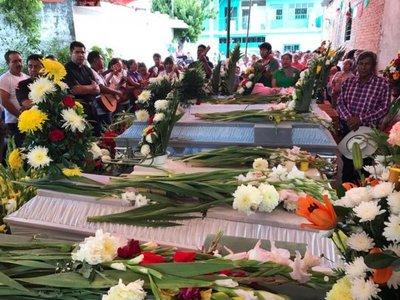 México concentra esfuerzos en buscar sobrevivientes
