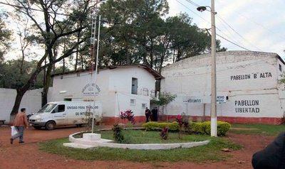 Incautan armas blancas y celulares en cárcel de Cde