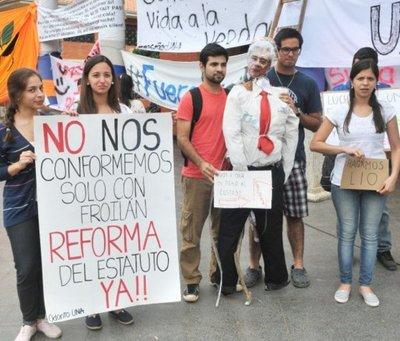 #UNAnotecalles: Unidad fue  la clave de la movilización de los estudiantes