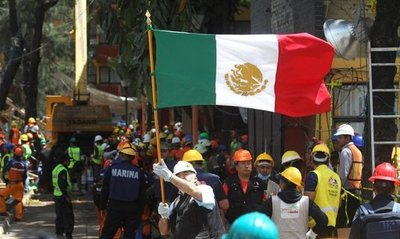 Retoman labores de rescate en México tras segundo sismo