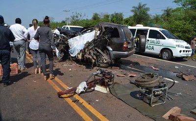 Intendente de Emboscada muere en un terrible accidente sobre la Ruta 3