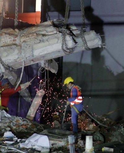 México: suman 360 muertos por sismo del 19 de setiembre