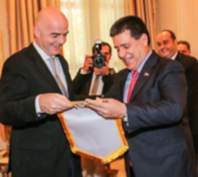 Cartes, Vázquez, Macri e Infantino hablarán sobre el Mundial 2030