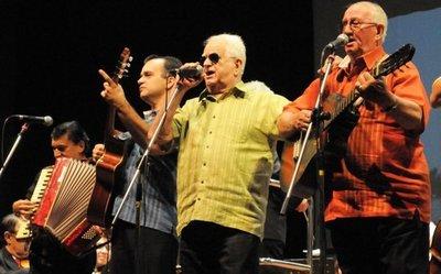 Postergan concierto de Quemil Yambay