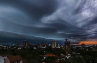 Tormentas más intensas llegarían durante la noche madrugada, alertan