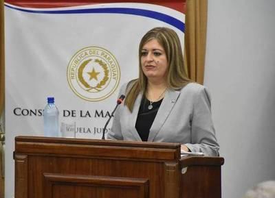 Porqué Cartes eligió a Sandra Quiñónez