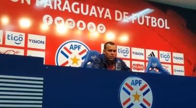 DT de Venezuela elogió a las mujeres que enviaron a sus jugadores pero…