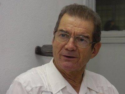 Fallece el padre e historiador Carlos Heyn