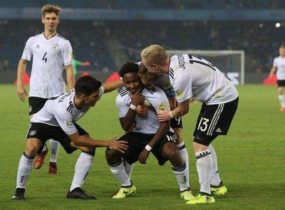 Alemania despide con goleada a Colombia