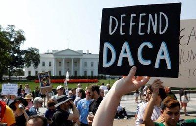 Niños estadounidenses, el gran daño colateral de los padres con DACA
