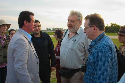Arqueólogos franceses realizan visita técnica a campos de batalla de la Guerra Grande
