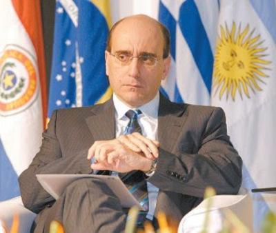 Mateo Balmelli plantea una reforma constitucional