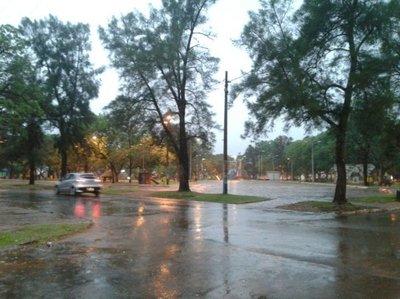 Lluvias y fuertes vientos en el interior